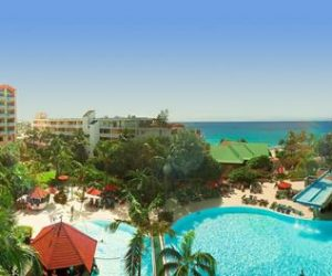 Sonesta Maho Beach Resort op Sint Maarten